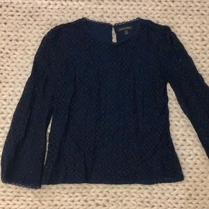 BANANA Republic dark navy blue lace blouse - M